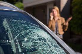 Benefits of Mobile Windshield Replacement Services   Windshield Experts